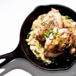 Una preparación con pollo.