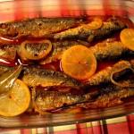 Un plato de sardinas.