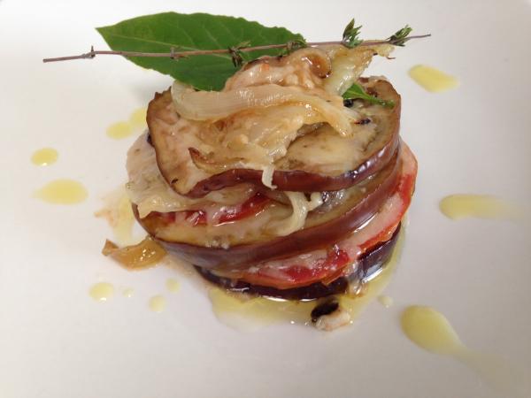 img_berenjenas_con_tomates_y_queso_de_cabra_52137_600